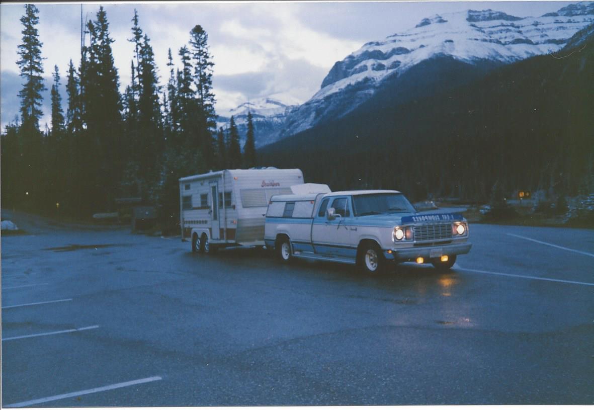 1978 Dodge Adventurer SE 150 Club Cab 06 1985 Scamper 17ft Trailer_April_1987.jpg